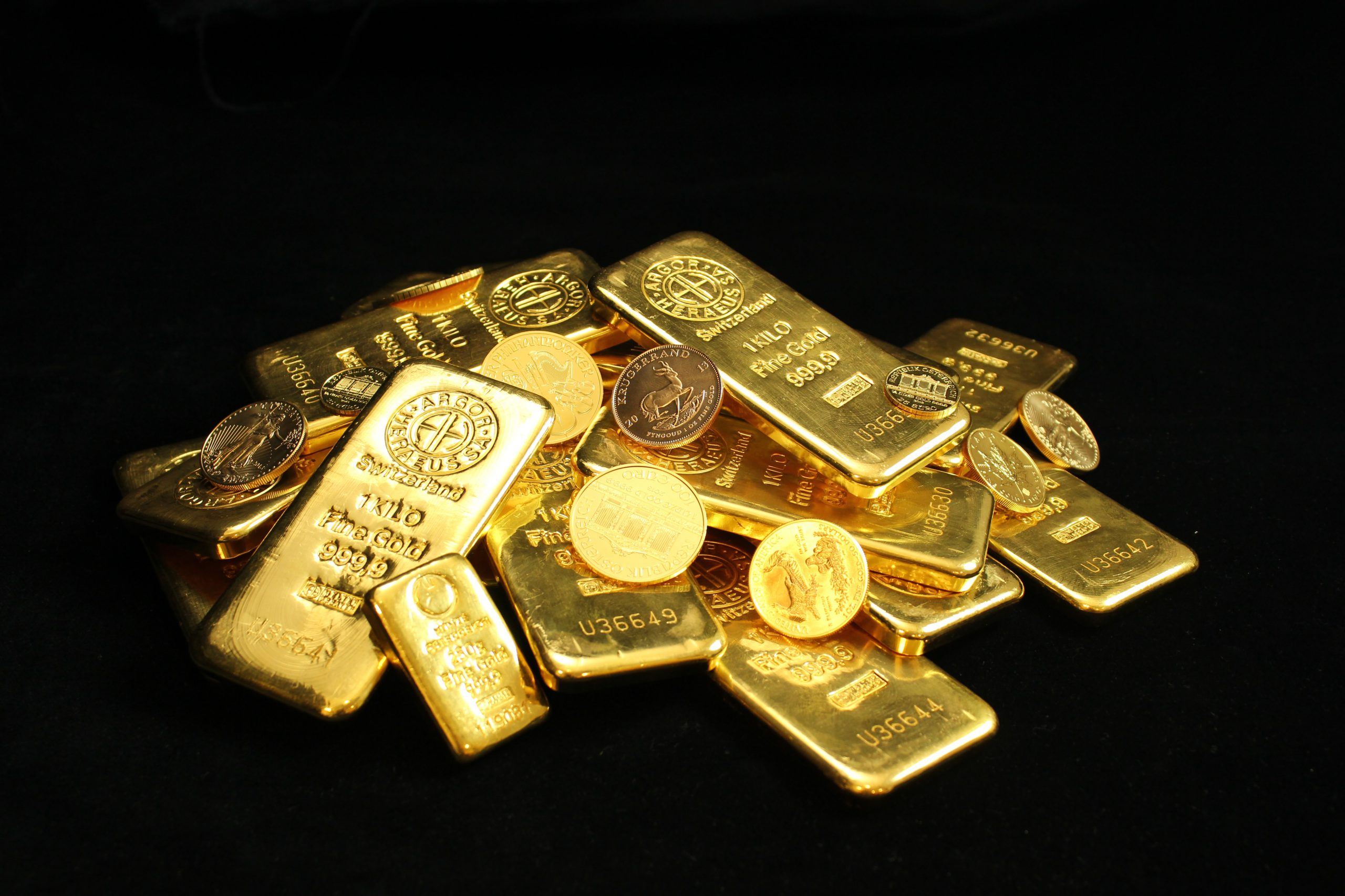 What is the Best Way to Own Gold in 2021?